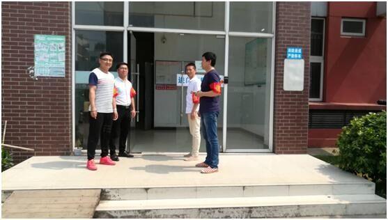 """武汉工程大学开展""""以评促建,校园文明我先行""""活动"""