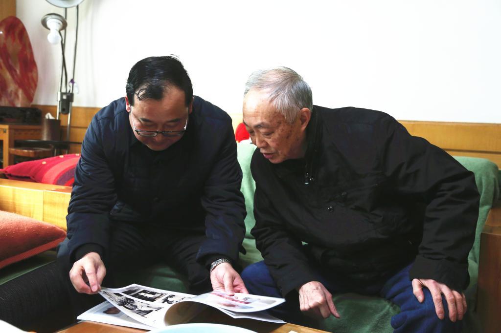 湖北医药学院校领导带队开展春节走访慰问活动